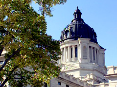 state capitol \ pierre capitol building \ south dakota capitol building \ state legislature \