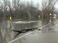 flooding flooded roads open water minnehaha county big sioux river