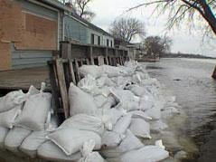 lake poinsett ice flooding rocks cabin homes
