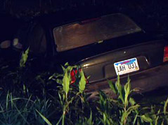 car in pond driver charged with dui 57th street & tea road