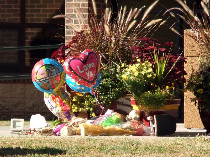 de smet high school memorial Zachary Eichstadt student killed in drunk driving crash