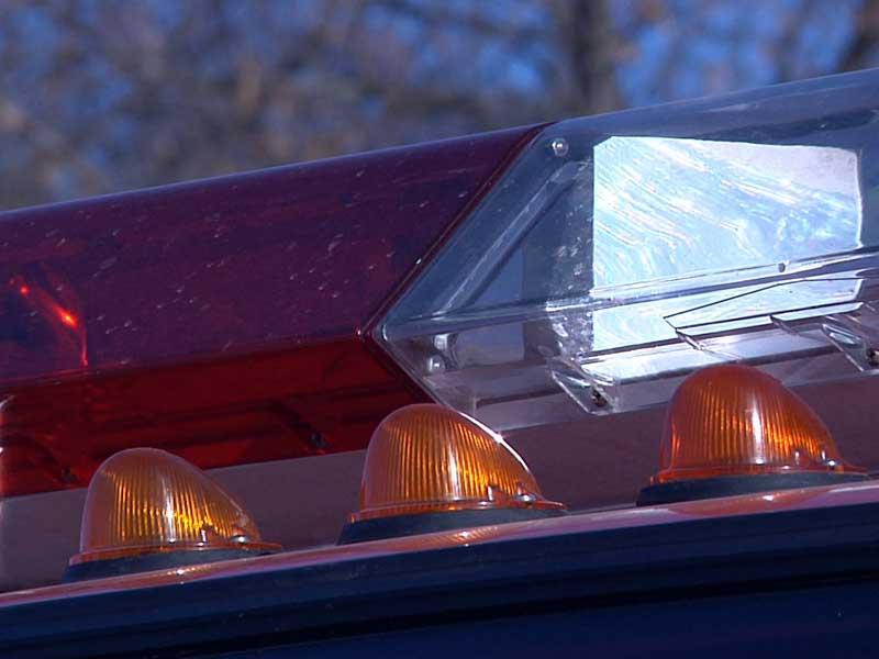 emergency lights fire truck officials firefighters firemen