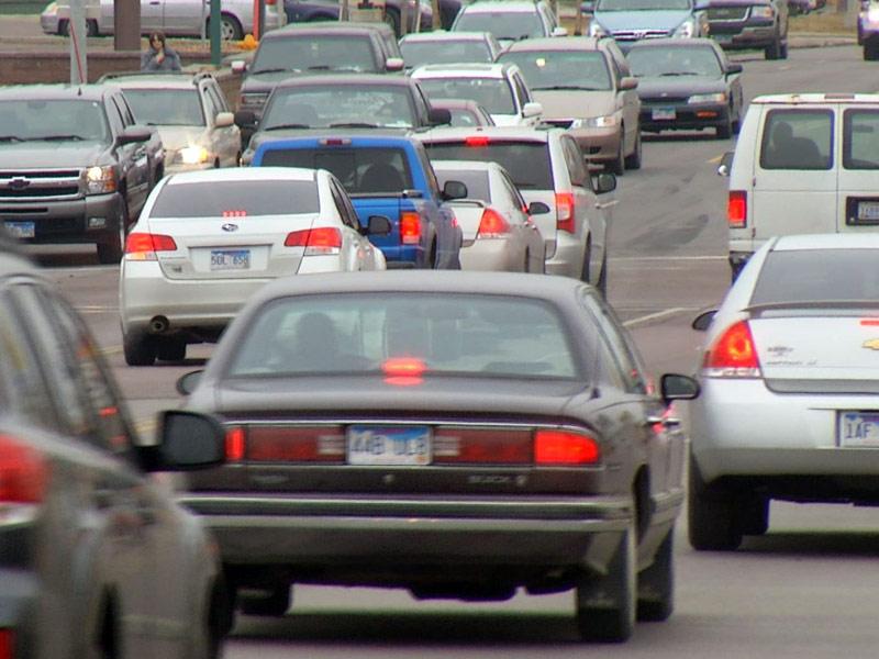 drivers traffic sioux falls minnesota avenue street