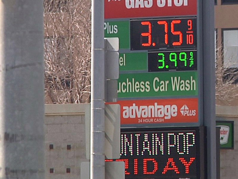 gas prices close in on $4 gallon