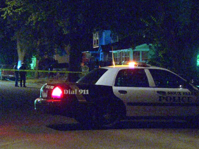 sioux falls shooting Tyree Wilson wanted 800 block of west 12th street