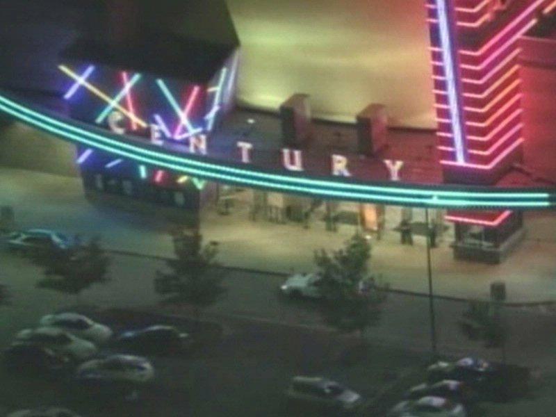 colorado shooting at batman movie 12 people killed gunamn id as James Holmes