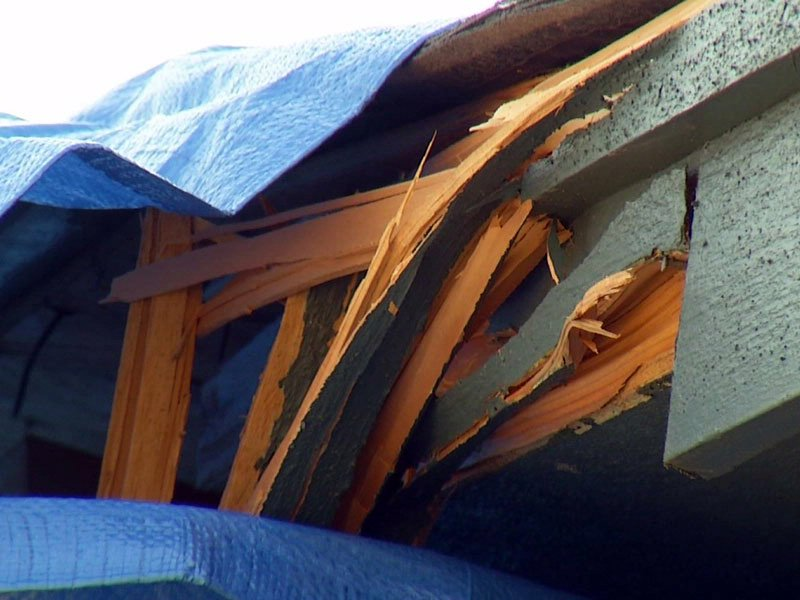 lightning strike sioux falls home