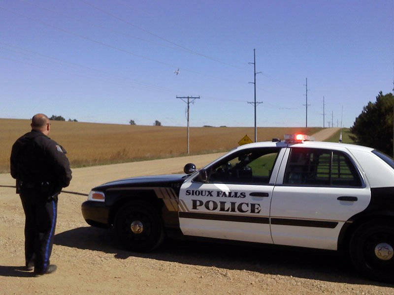search for burglary suspect state plane sioux falls police near mcrossan boys ranch