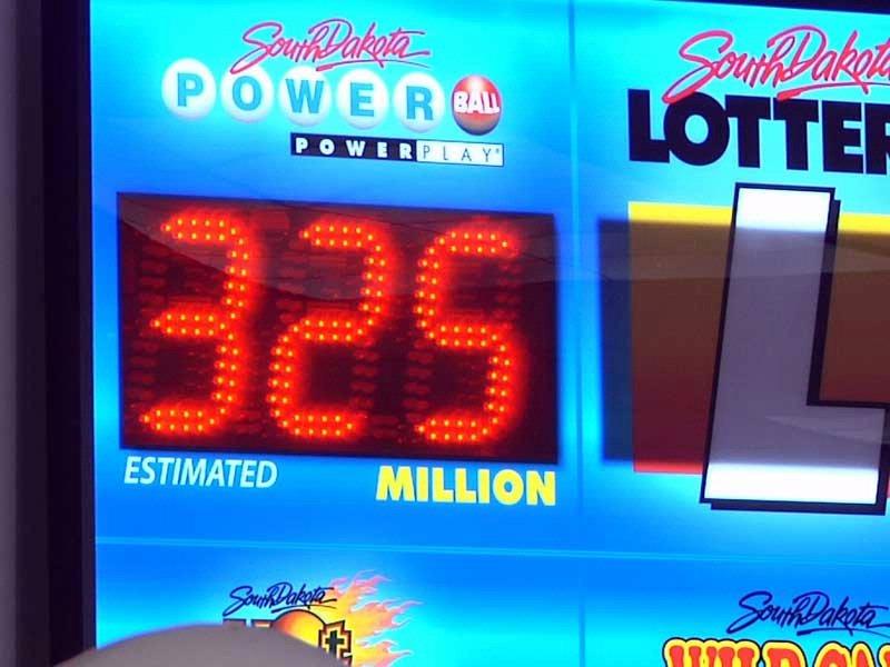 thanksgiving weekend jackpot, $325 million