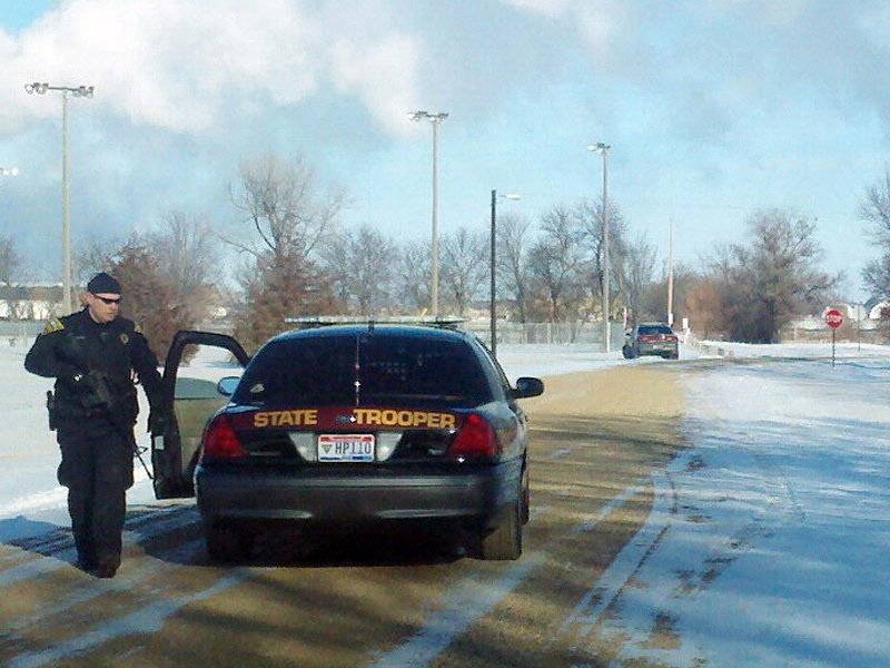 marion standoff, sioux falls swat on the scene