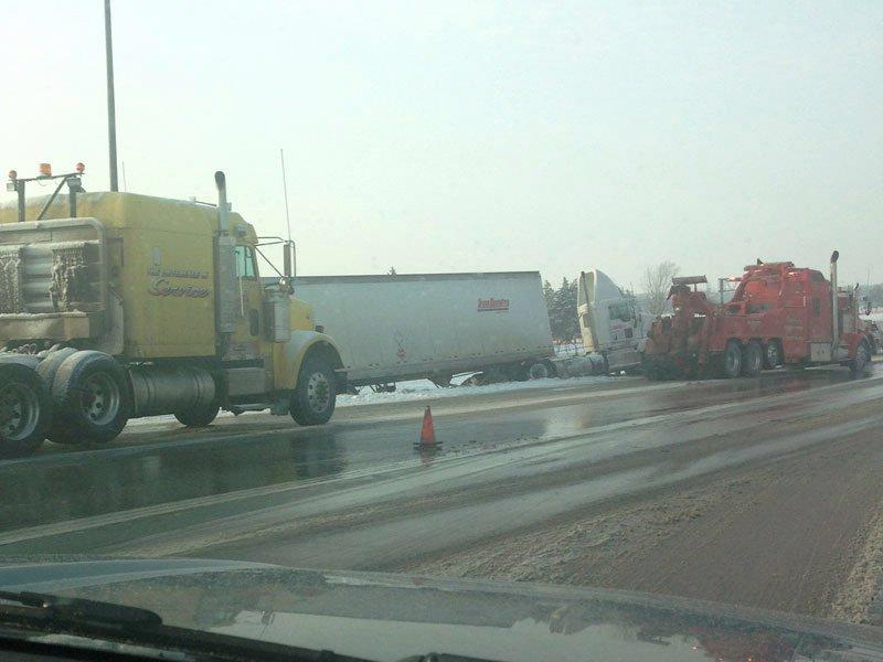 semi crash interstate 229 sioux falls following snow