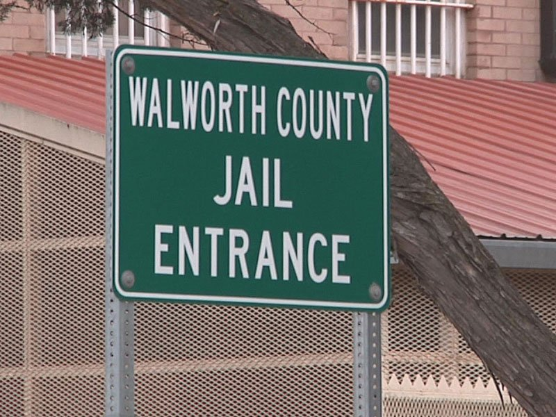 meth walworth county jail