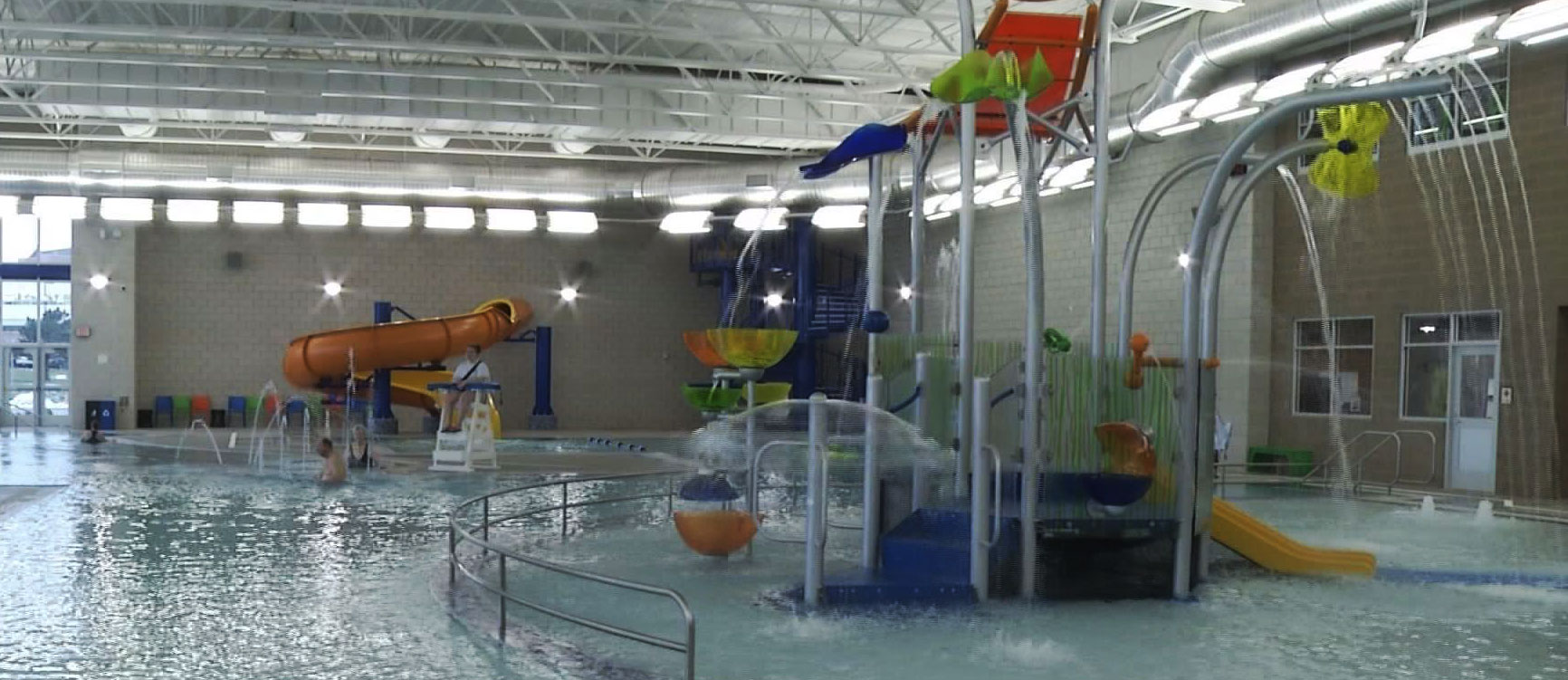 Breastfeeding Mother Told To Cover Up At Aquatic Center