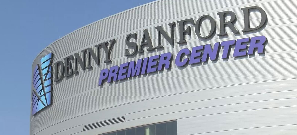 Denny Sanford PREMIER Center events center Sioux Falls
