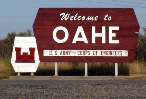 Welcome sign at Oahe Dam