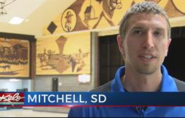 Dakota Wesleyan Students Design Corn Palace Mural
